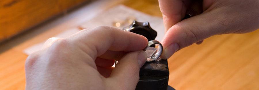 Confecção de anéis